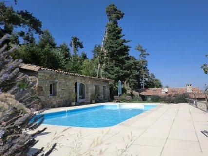 Gîte Sauvina - La piscine
