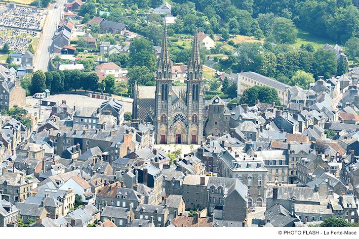Villes remarquables et beaux villages de france orne 61 for Piscine la ferte mace