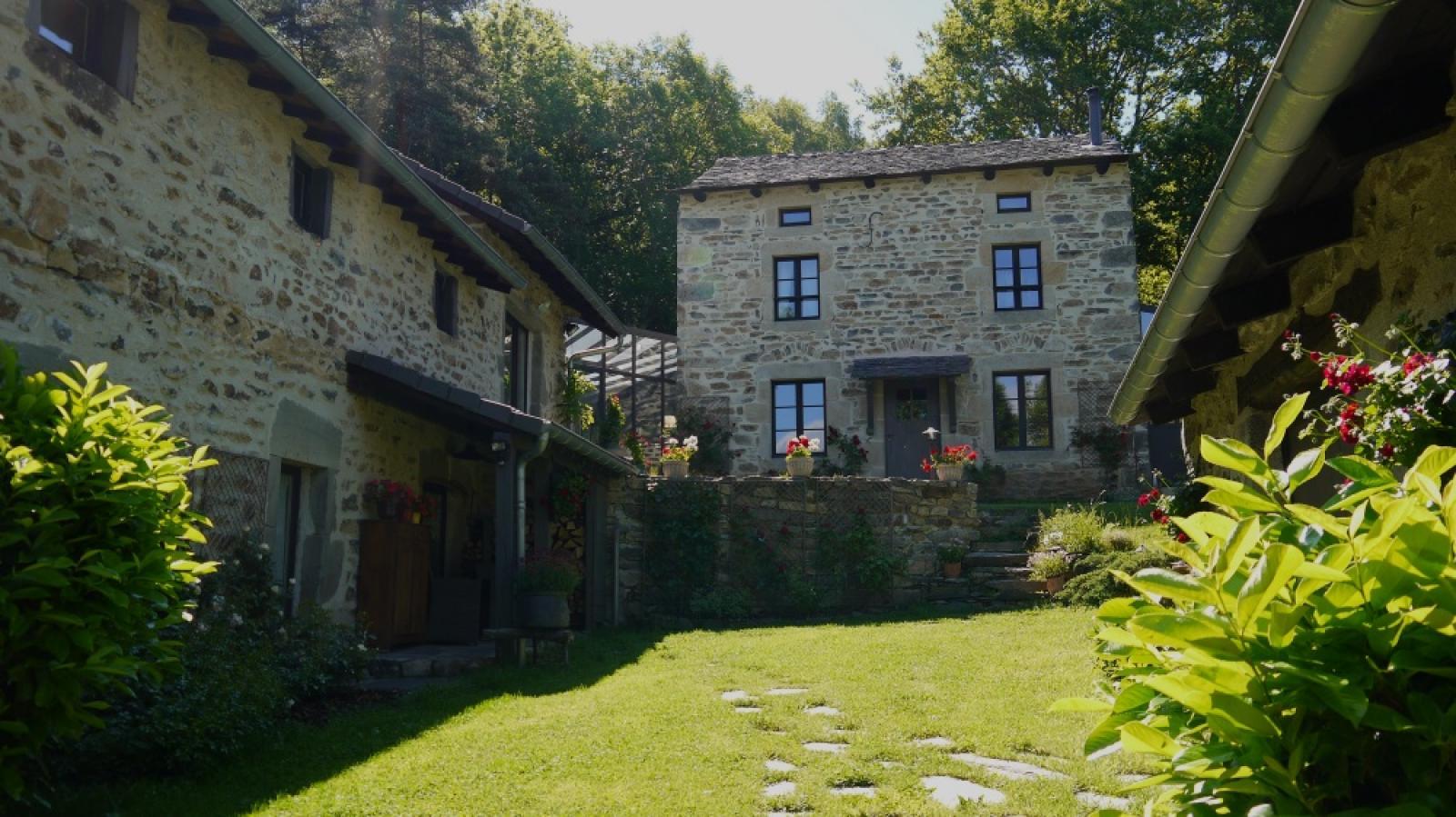 location - demeure de charme en Auvergne