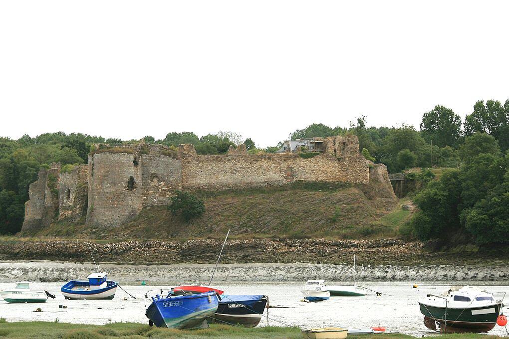 chateau-du-guildo_a.JPG