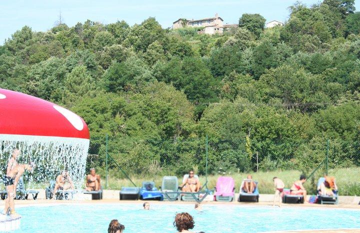 Camping les plans mialet 30140 gard 30 for Camping dans les cevennes avec piscine