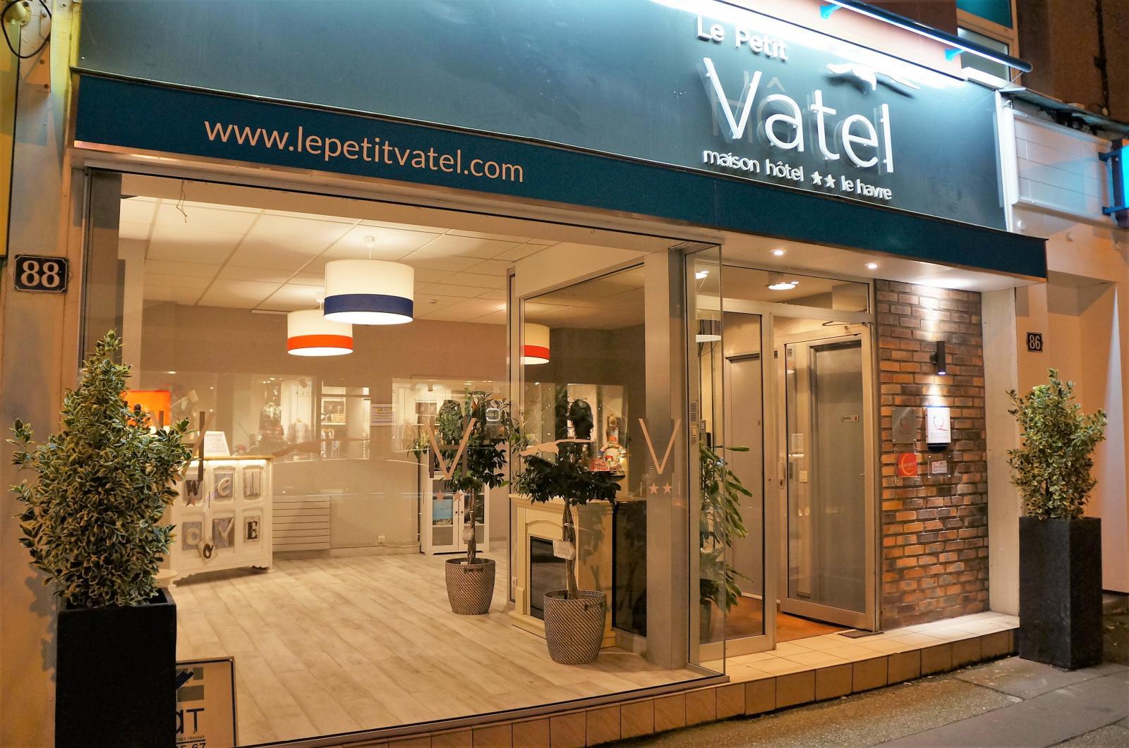 Façade hôtel le Petit Vatel
