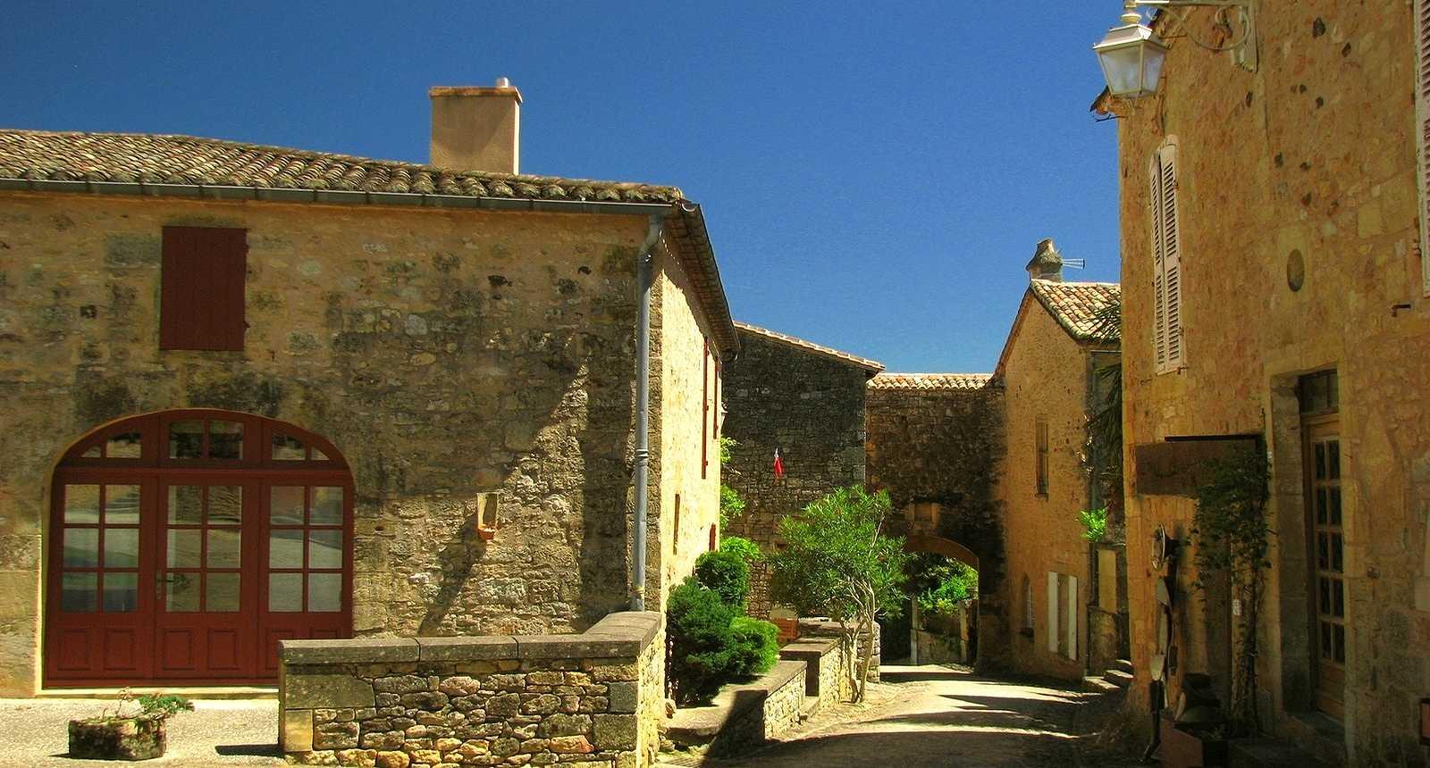 Château de Biron (2)
