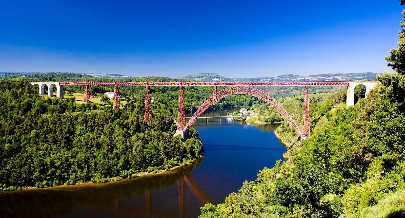 Le Viaduc de Garabit à Ruynes-en-Margeride (15320, Cantal, 15)