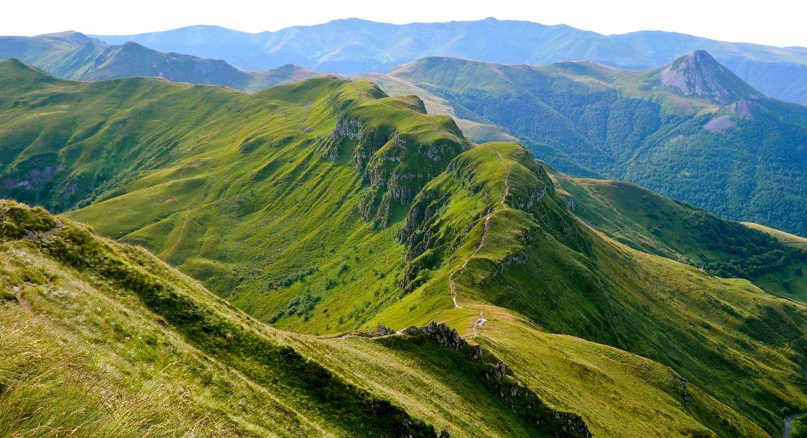 Gorges de la rhue condat 15 cantal dans l 39 artence en auvergne - Office du tourisme de l auvergne ...
