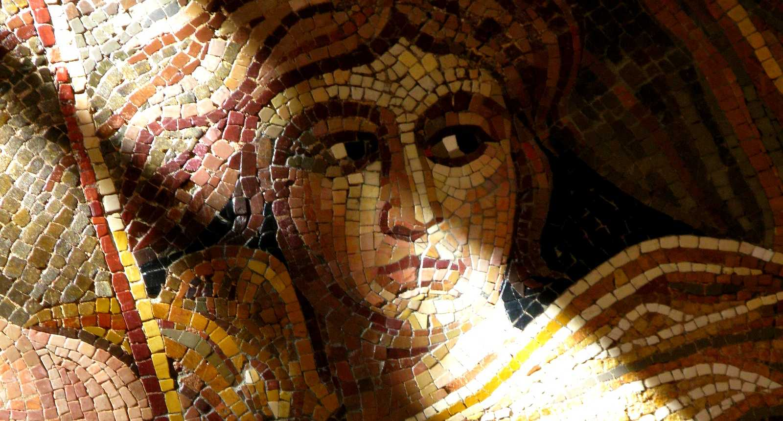 Mosaïque romane de Bellerophon, Musée Rolin d'Autun