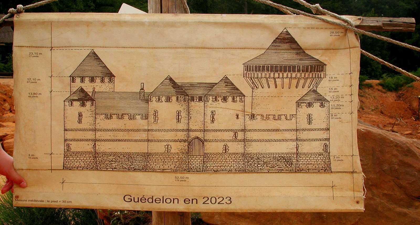 château fort guélédon