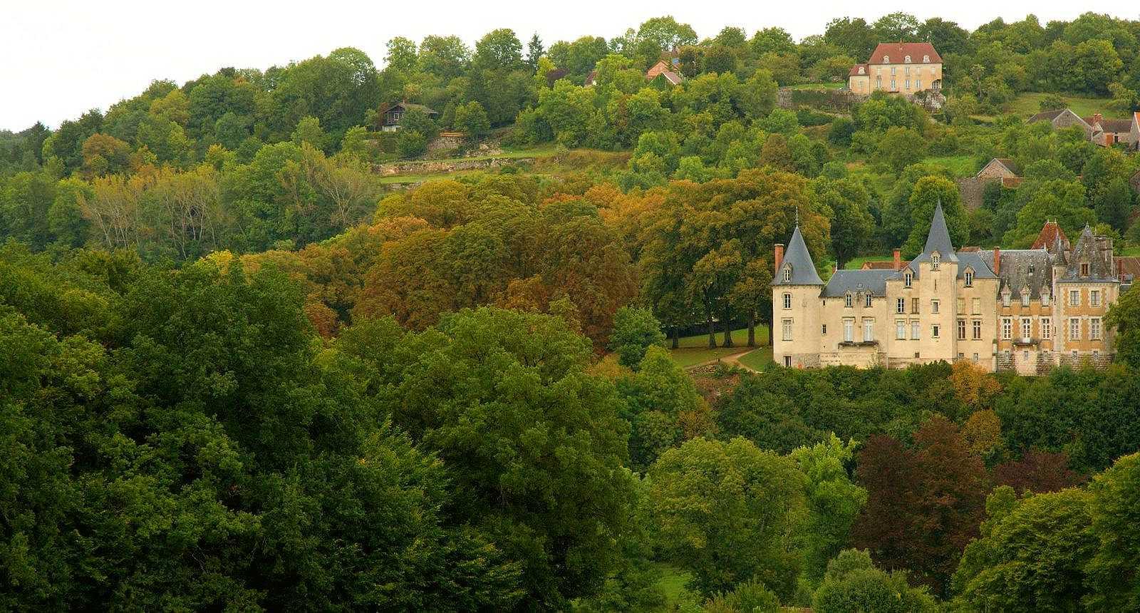 Château de Rocheprise à Brémur-et-Vaurois