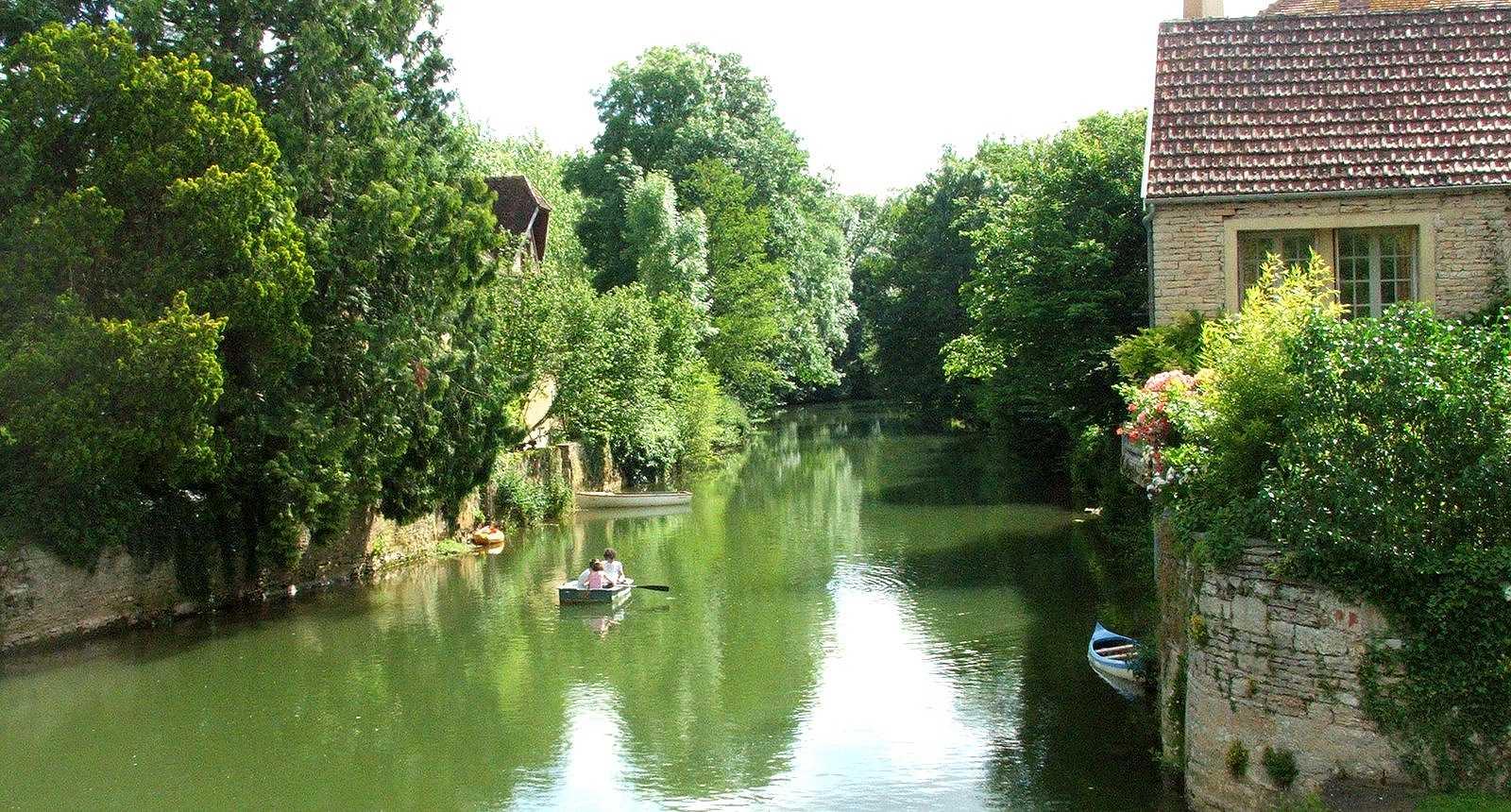 Le Serein à Noyers-sur-Serein