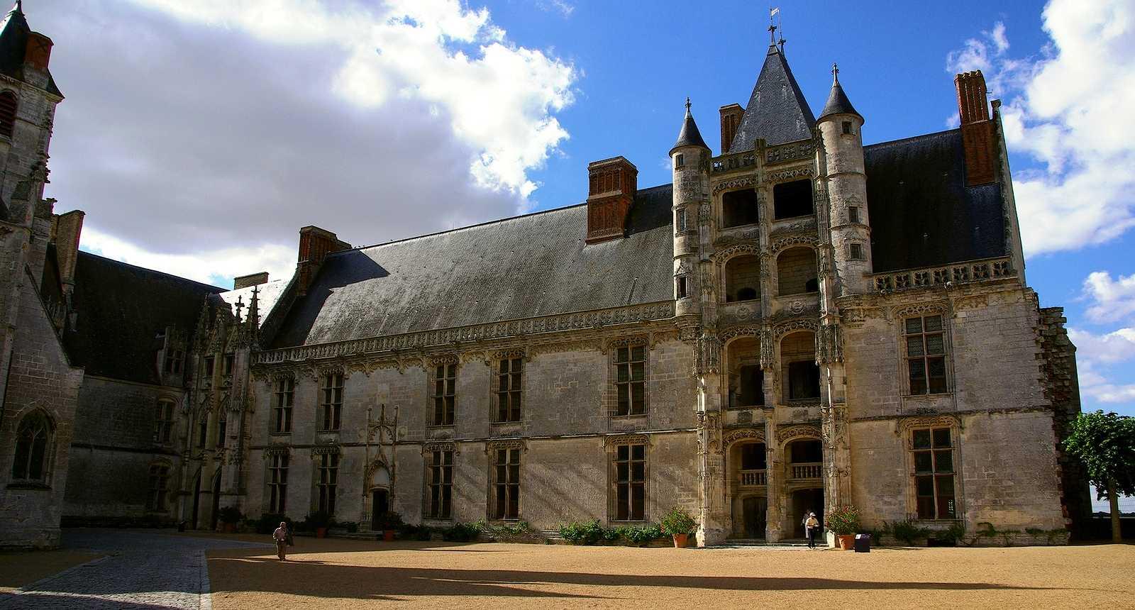 Image : Office de Tourisme** de Châteaudun