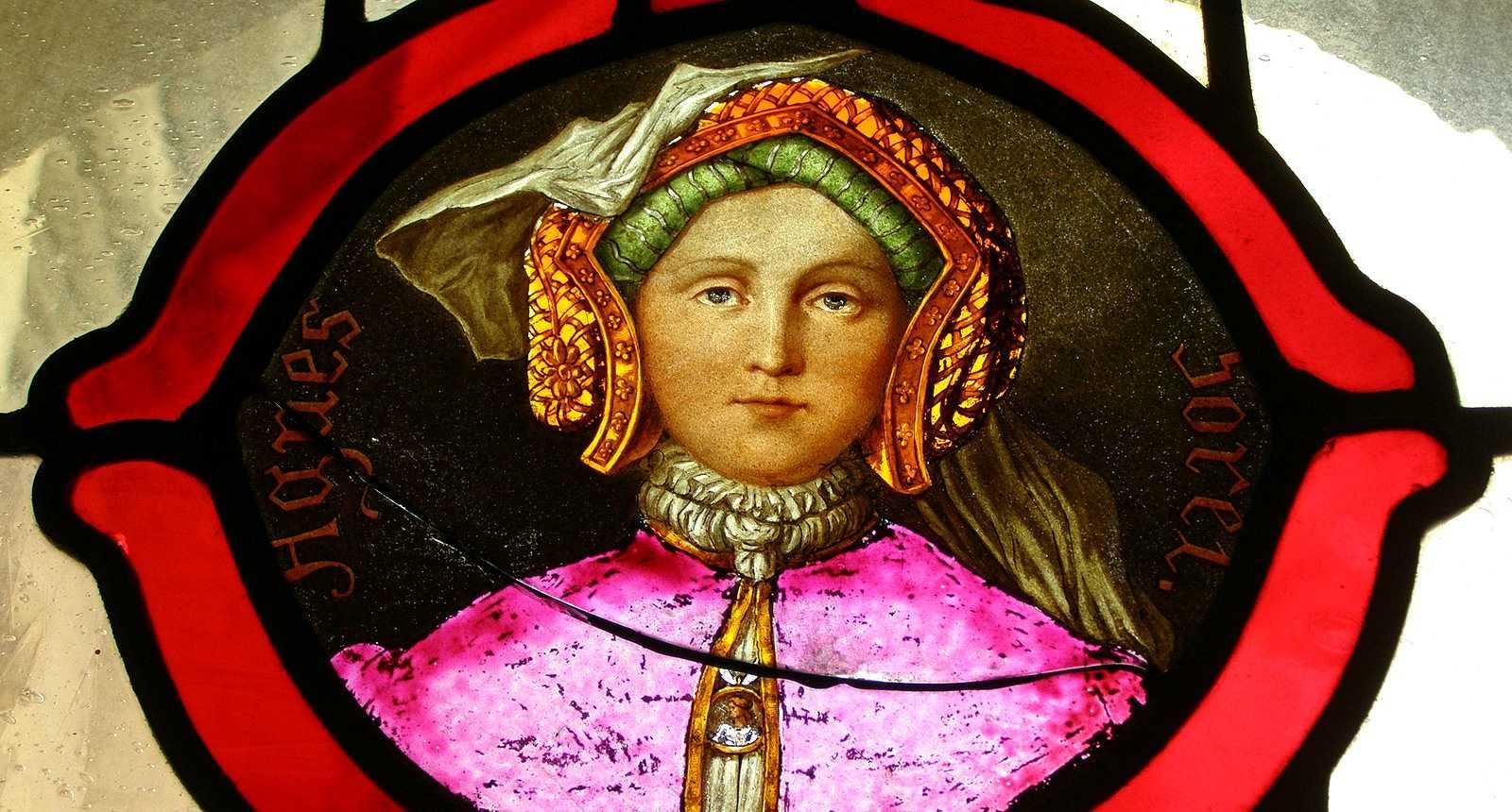 Vitrail représentant Agnès Sorel au Logis royal de Loches