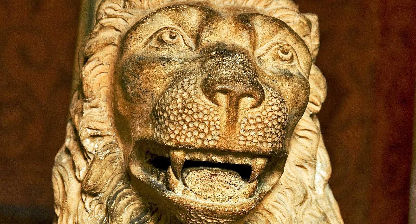Lion sculpté au Château d'Azay-le-Rideau