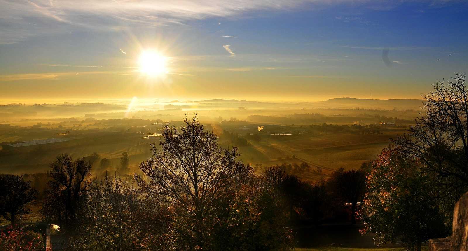 Lever de soleil sur le Plateau de Langres