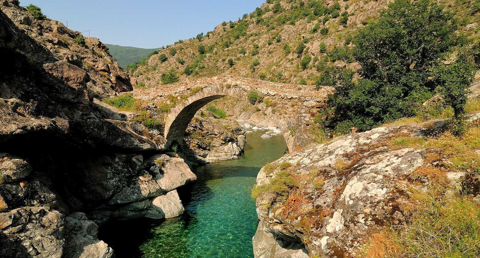 Le pont génois d'Asco