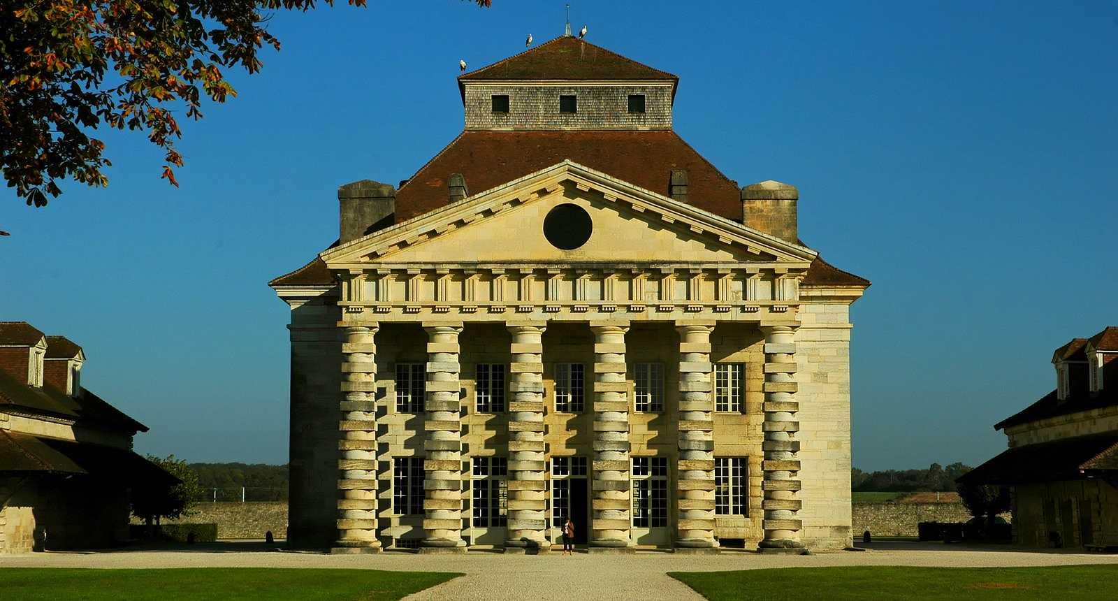 Image : Office de Tourisme** d'Arc-et-senans