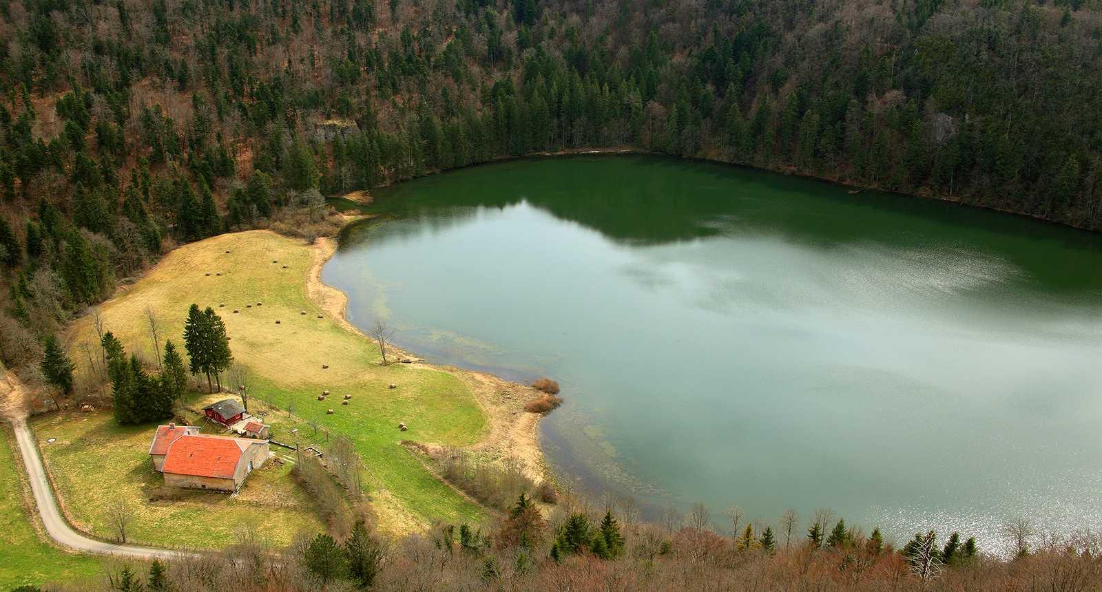 Le Lac de Genin (1)