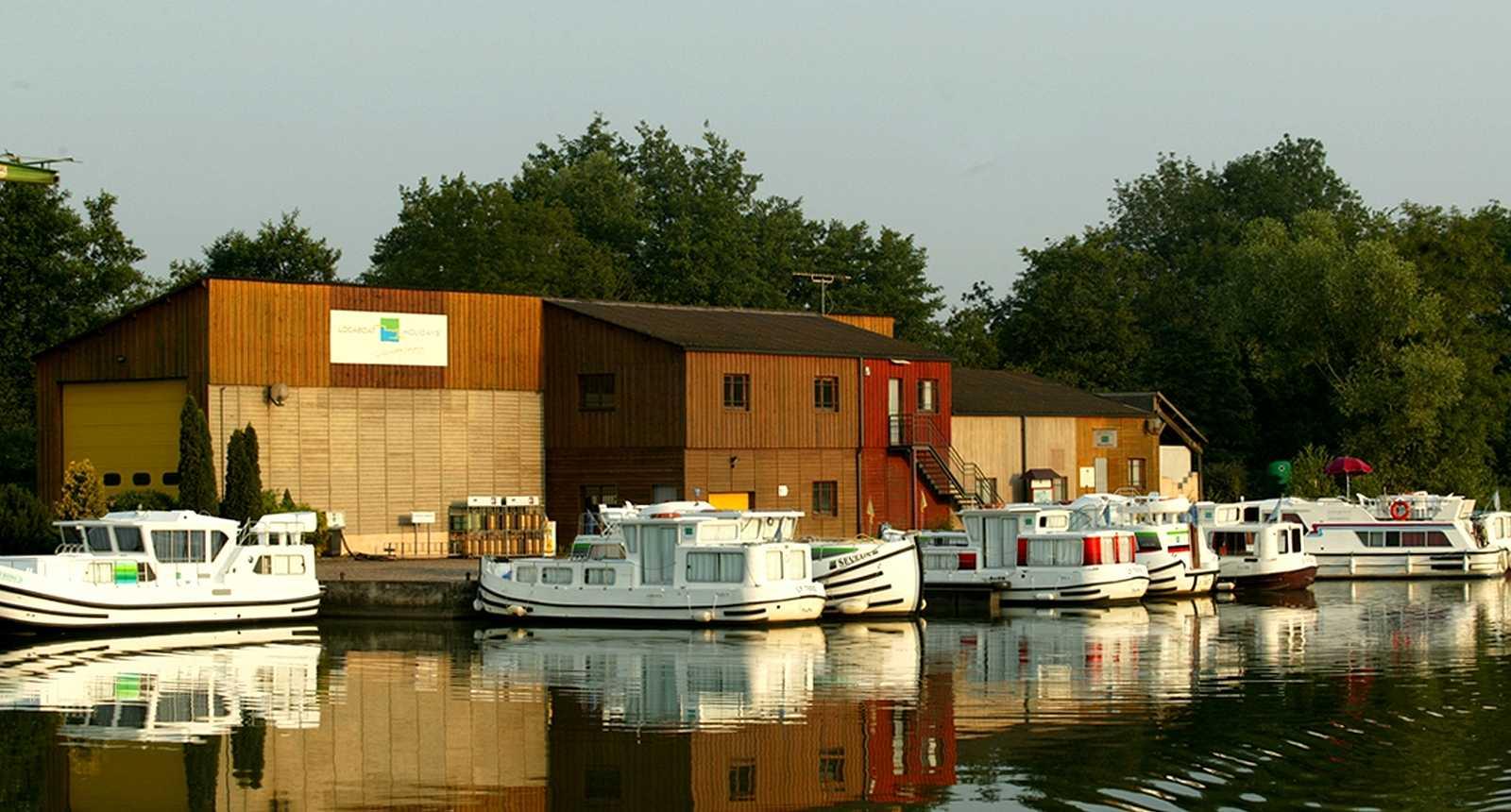 Le port de Scey-sur-Saône-et-Saint-Albin