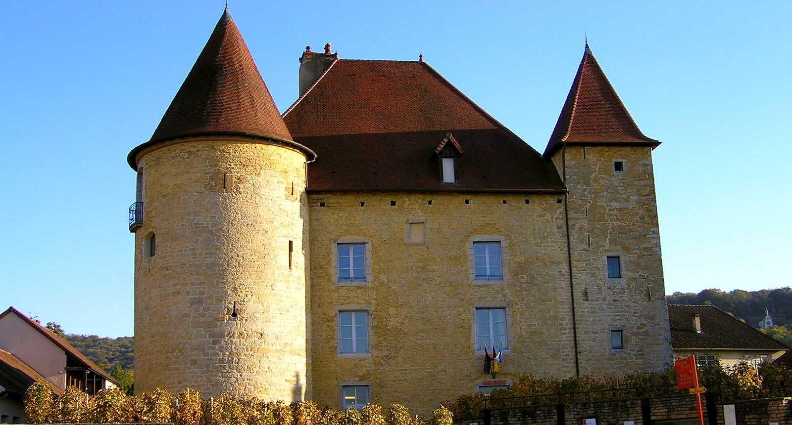 Le Château Pécauld et le Musée de la Vigne et du Vin à Arbois