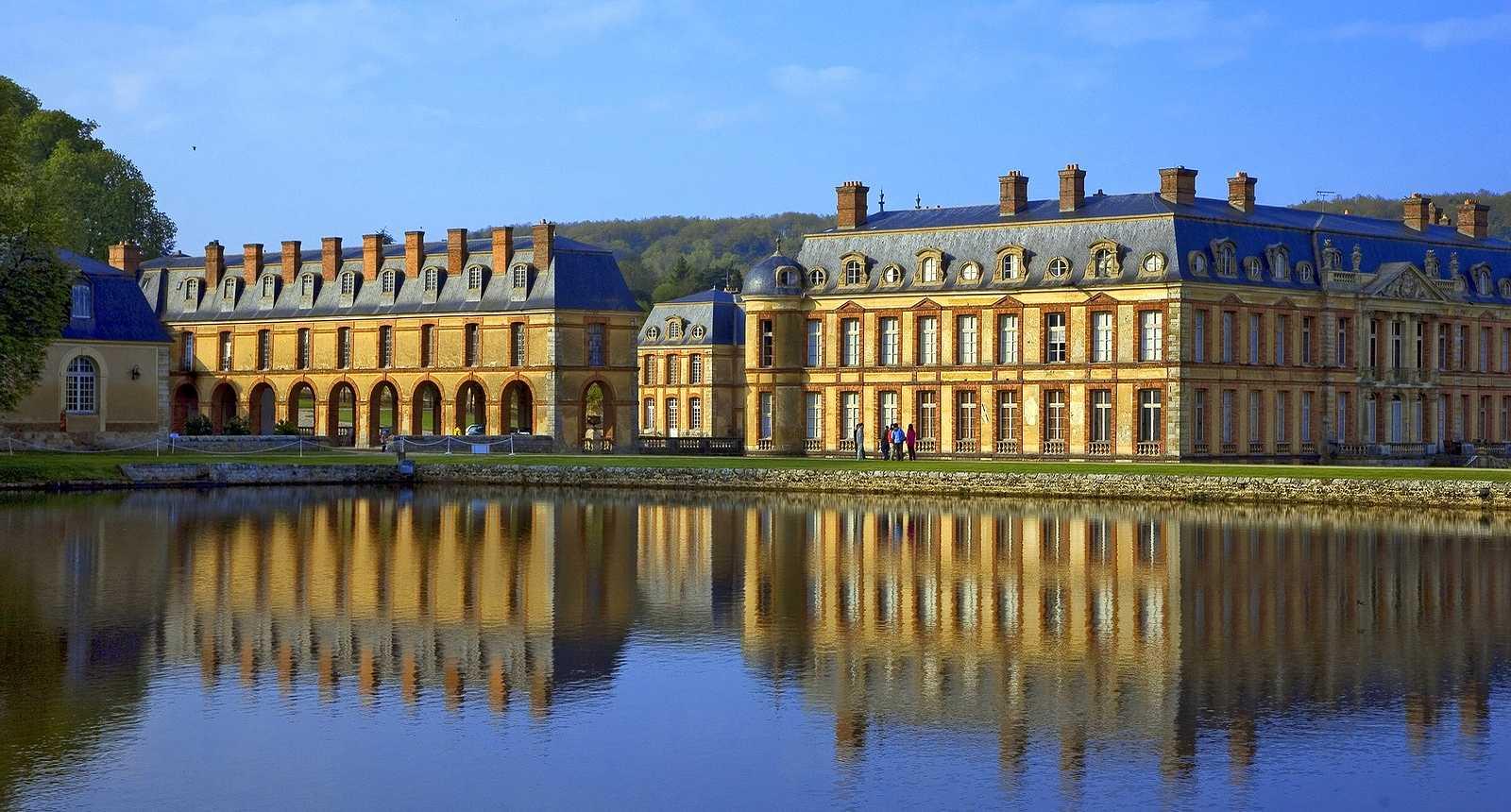 Château de Dampierre-en-Yvelines