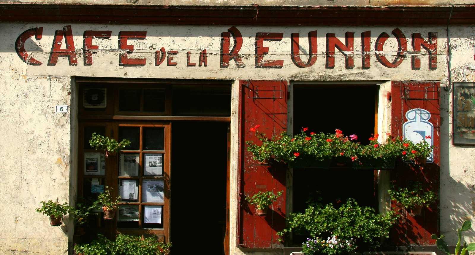 Café typique de Paris
