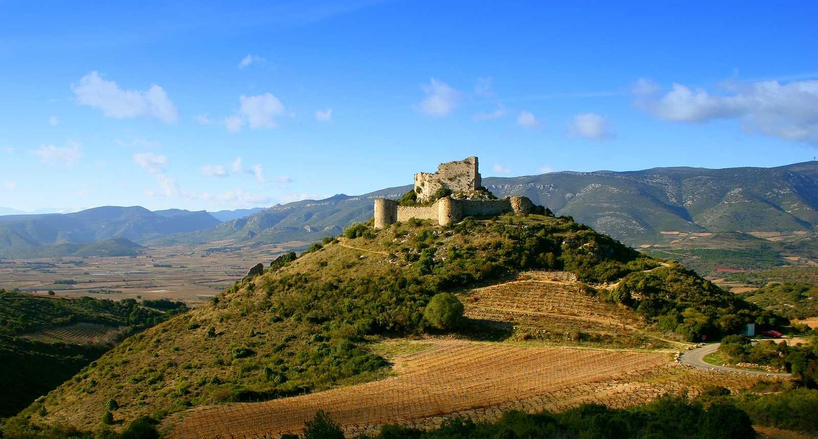 Le Château d'Aguilar (1)