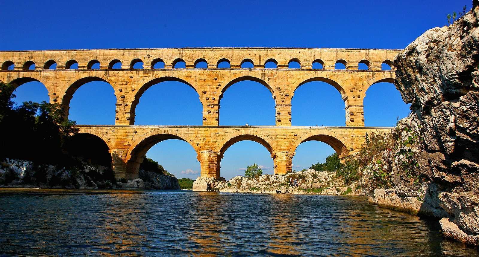 Le Pont du Gard et la rivière Gardon