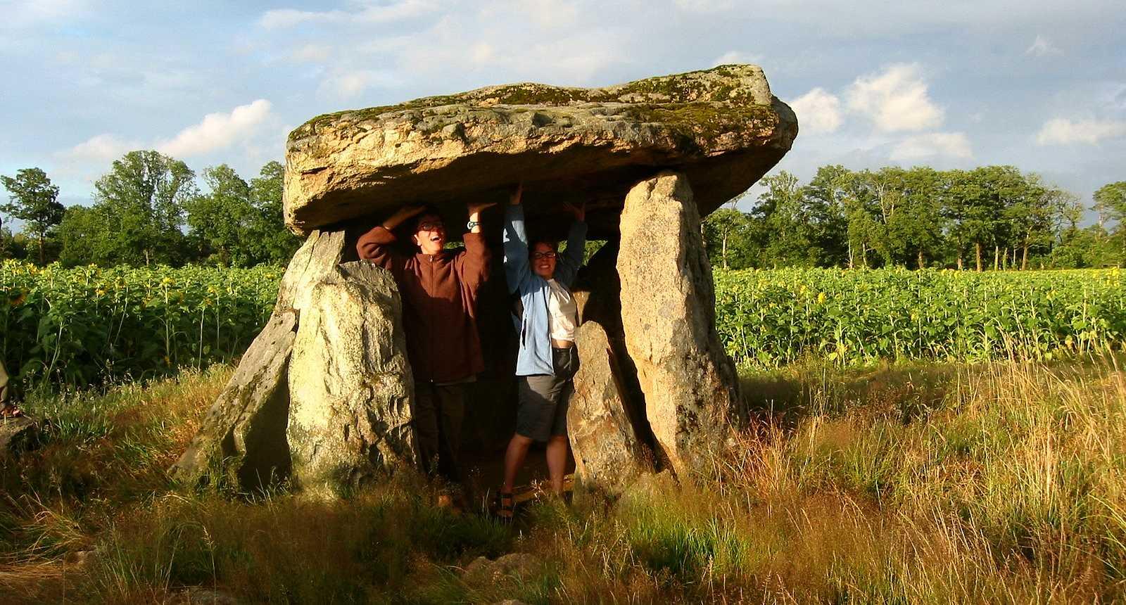 Le Dolmen de la Betoulle, près de Berneuil
