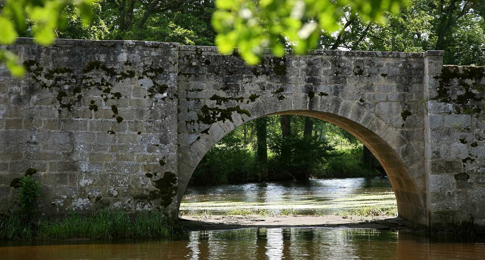 Le grand pont d'Ahun