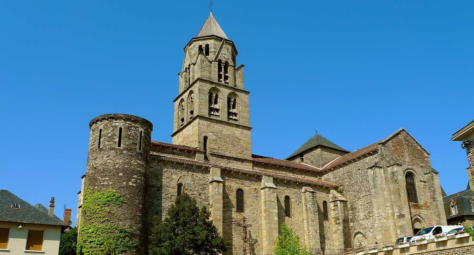 L'église Saint-Pierre d'Uzerche