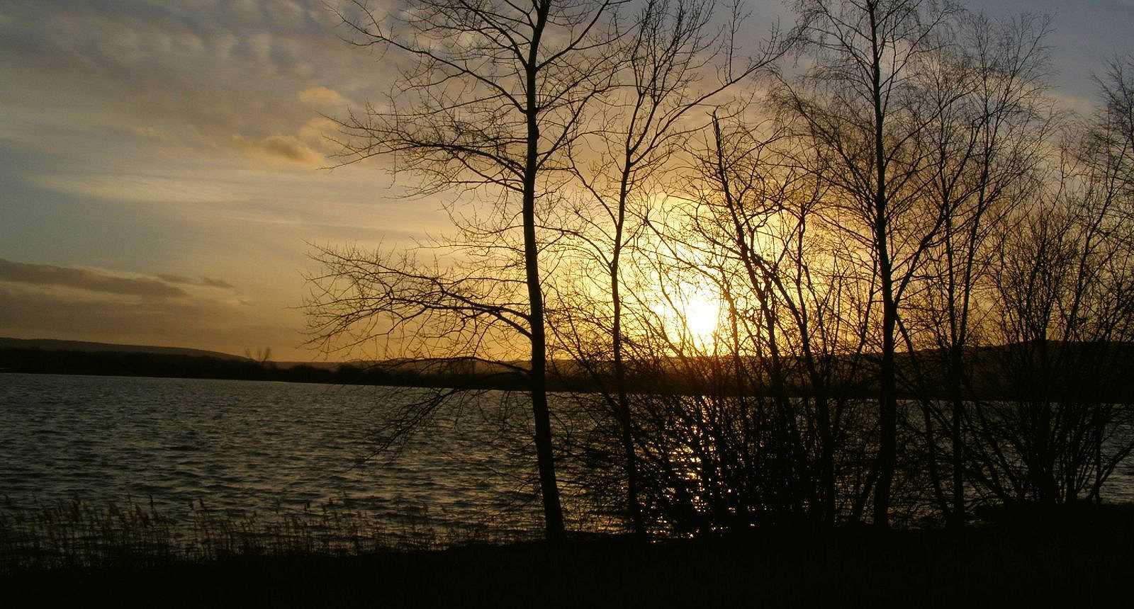 Coucher de soleil sur le Lac de Madine