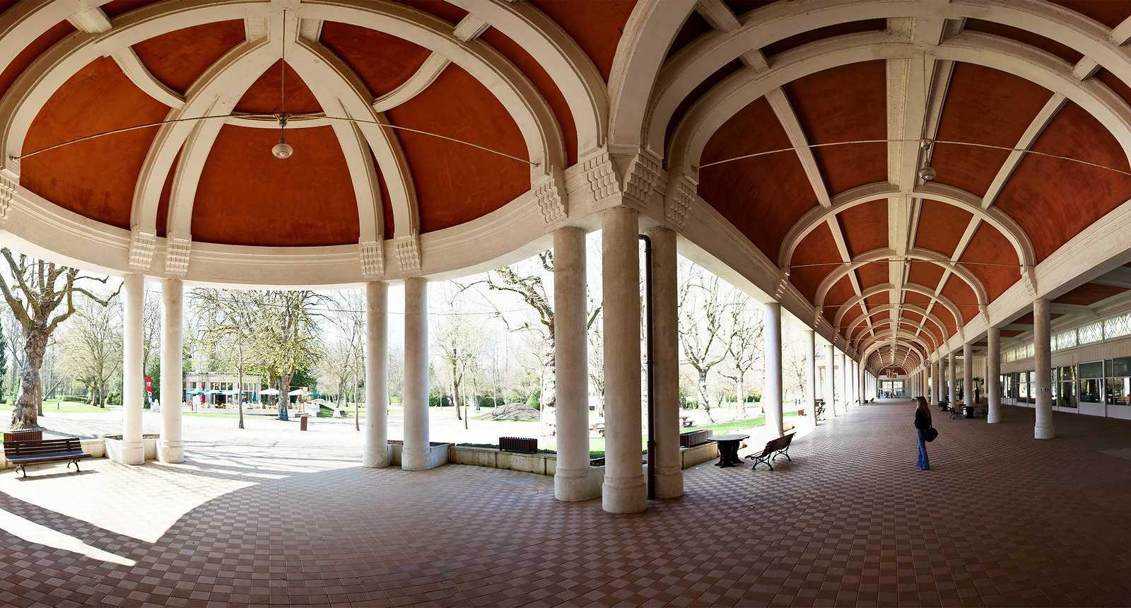 Galeries du Parc thermal de Vittel