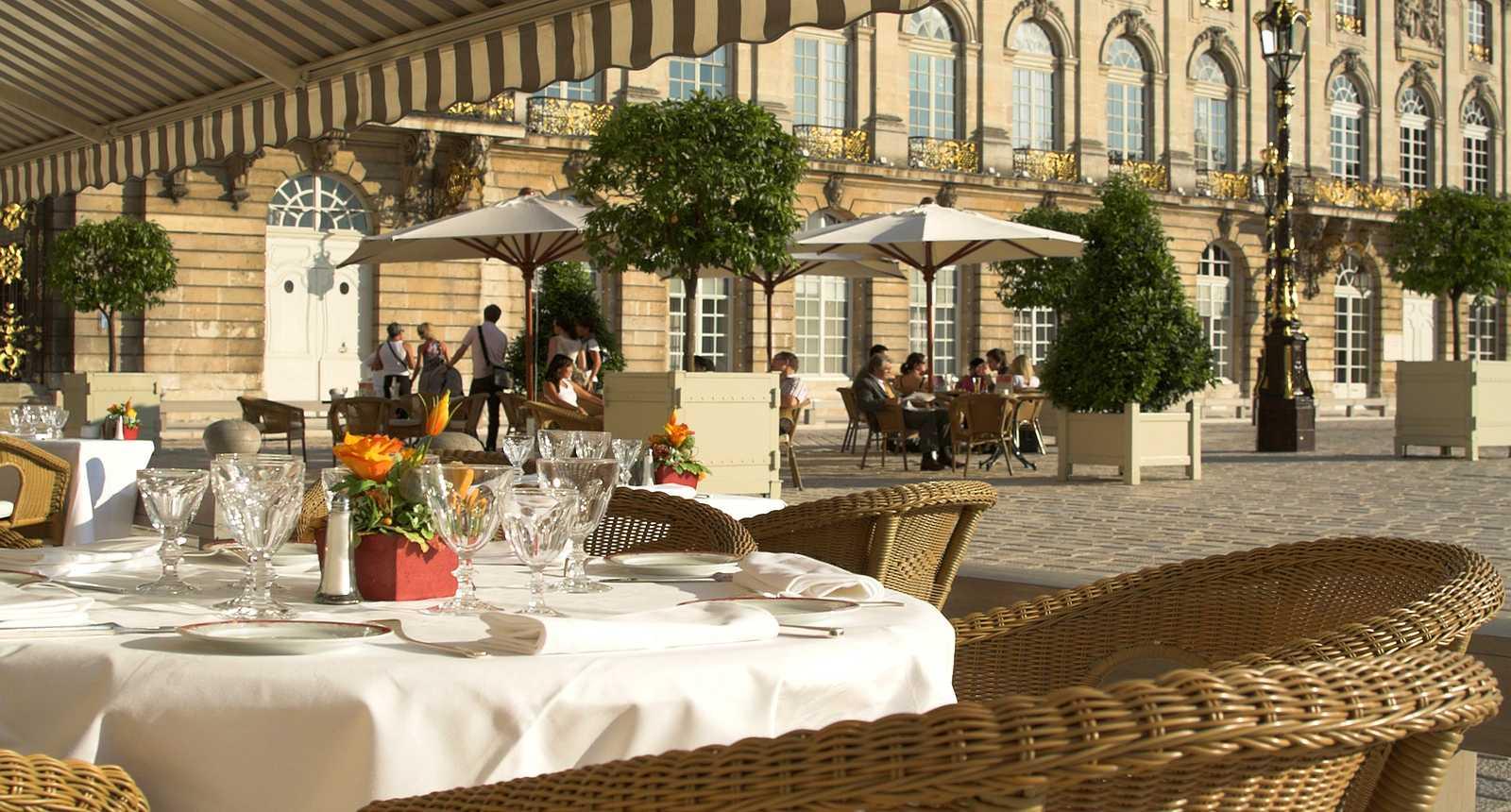 Terrasses sur la Place Stanislas de Nancy