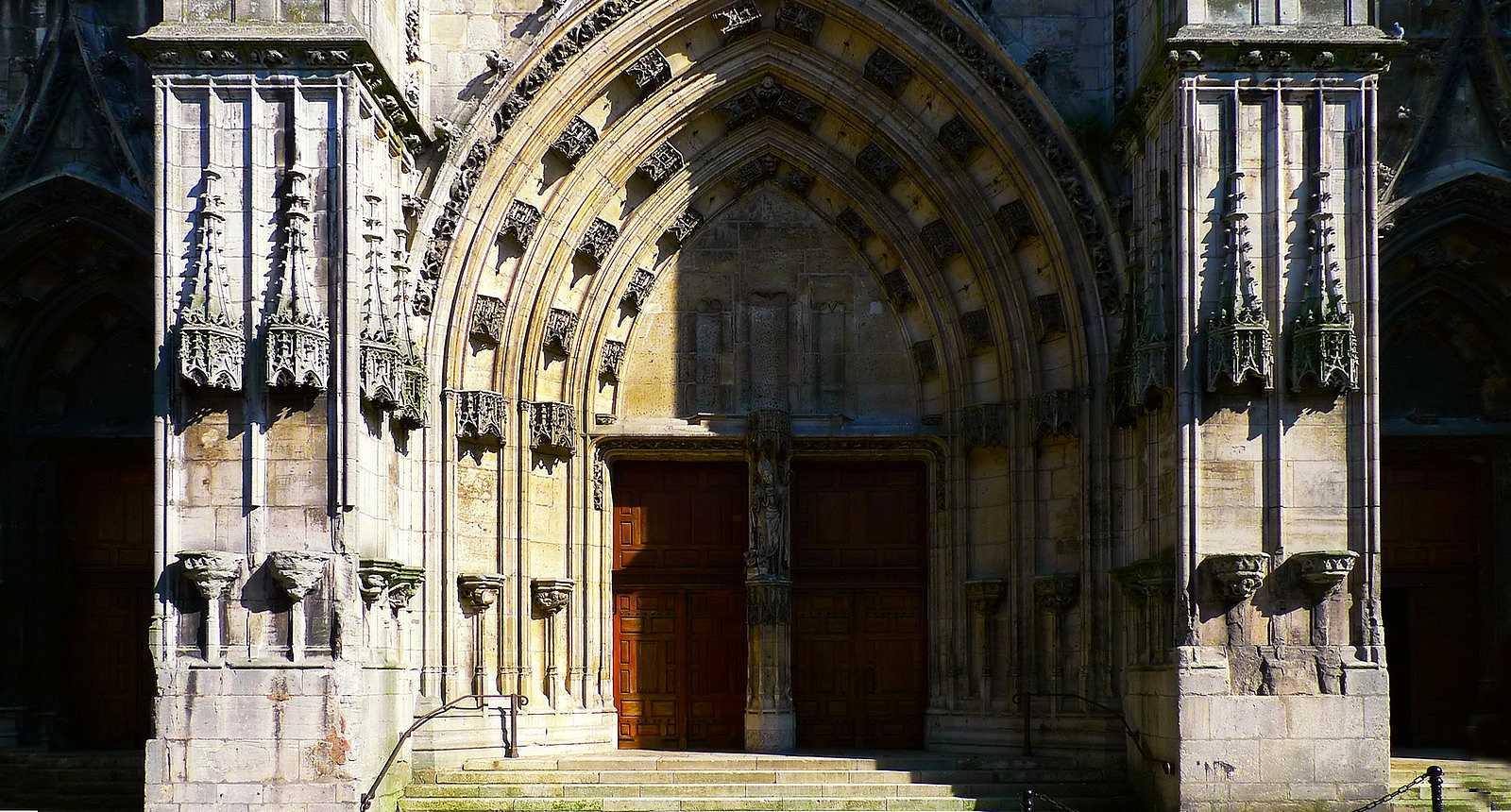 Portail de l'église Saint-Nicolas à Saint-Nicolas-de-Port