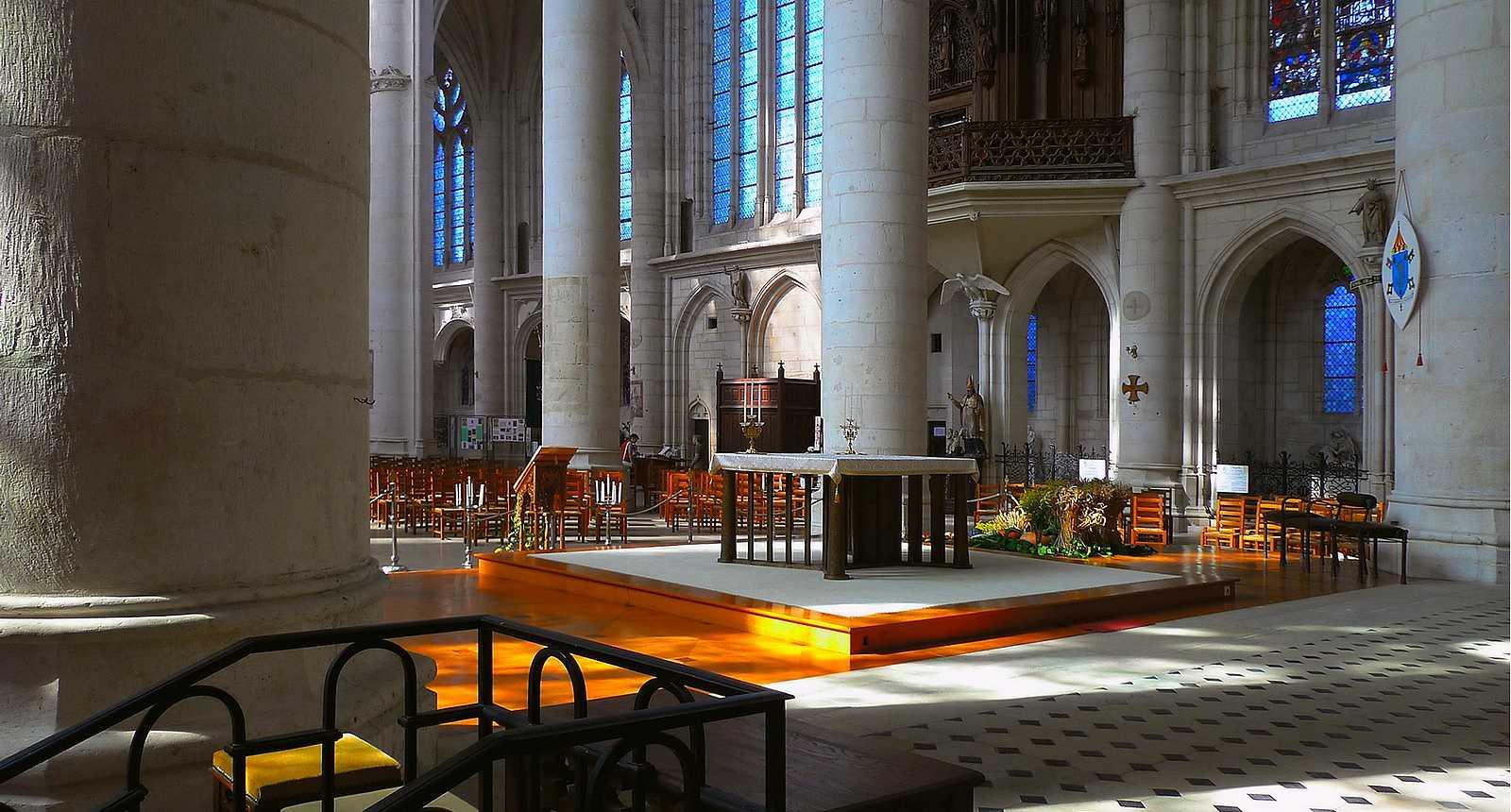 Intérieur de l'église Saint-Nicolas à Saint-Nicolas-de-Port