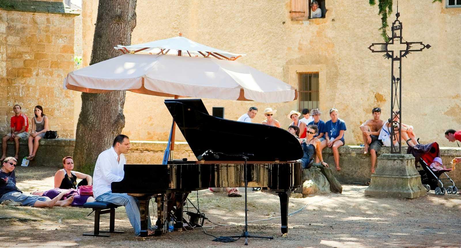 Festival Jazz in Marciac dans le Jardin de l'église