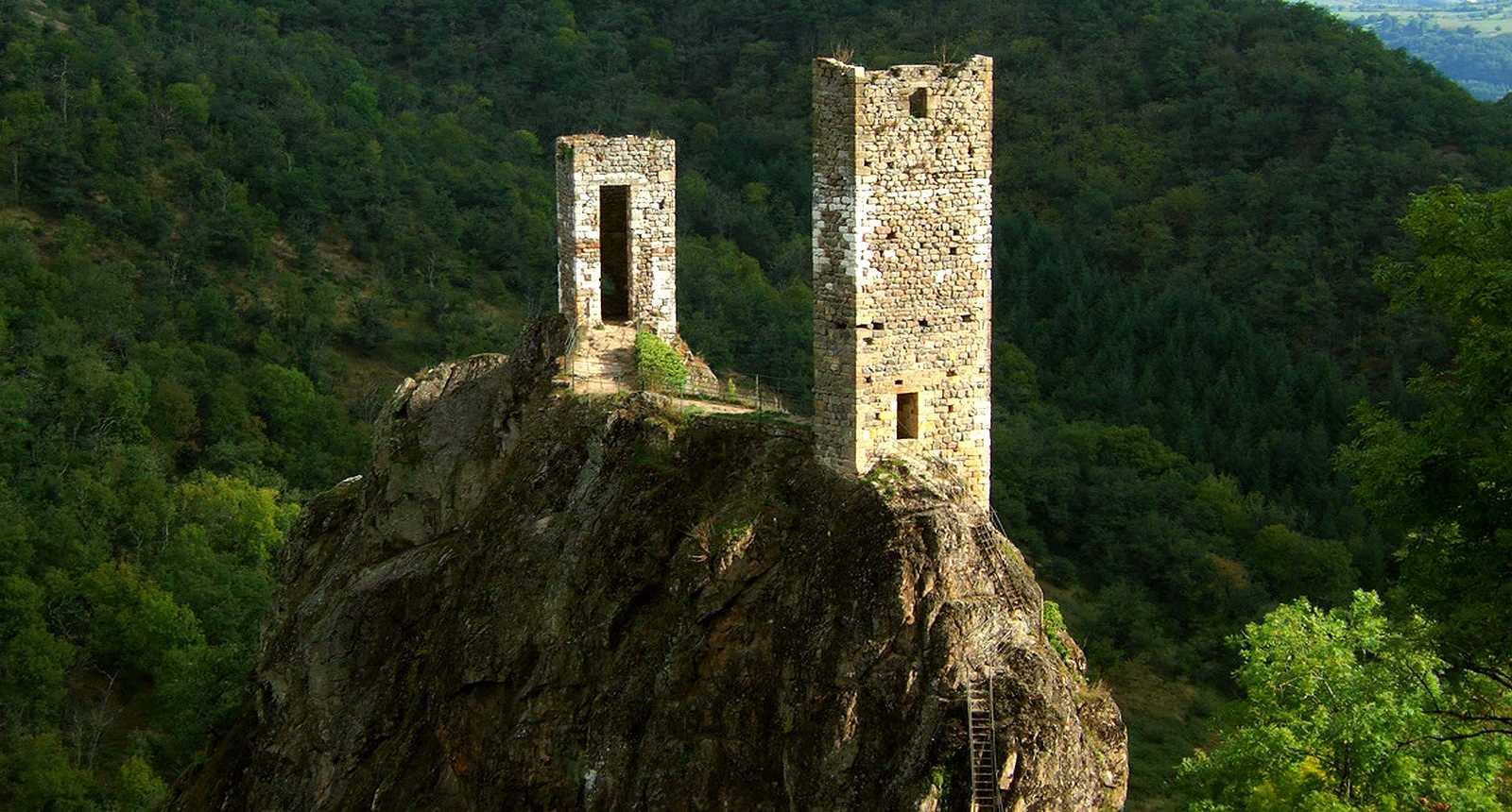 Les tours de Peyrusse-le-Roc