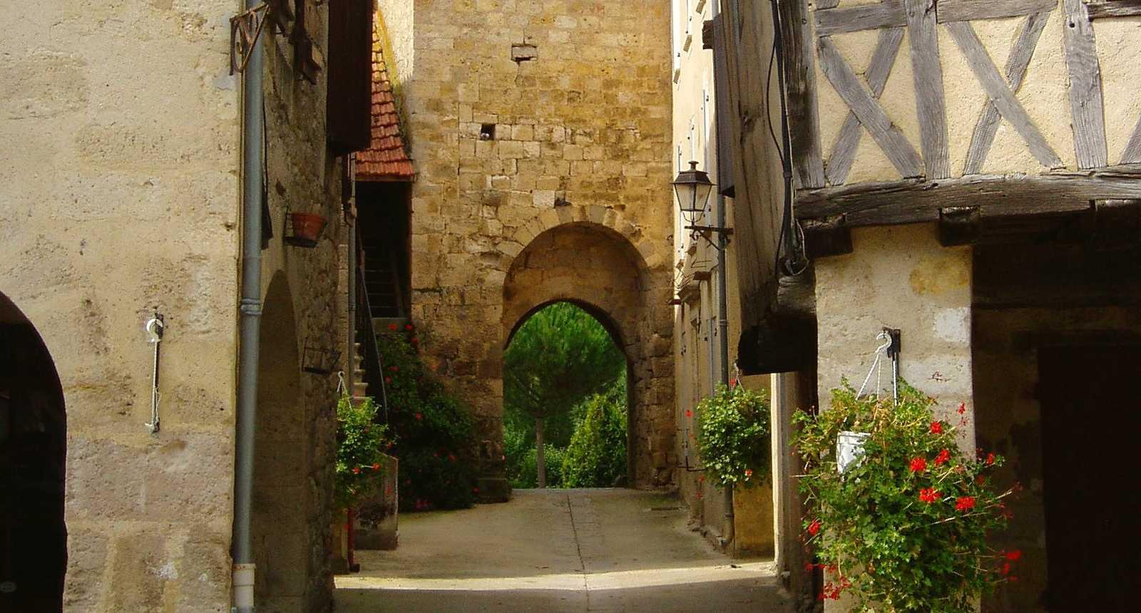 Les ruelles médiévales de Fourcès