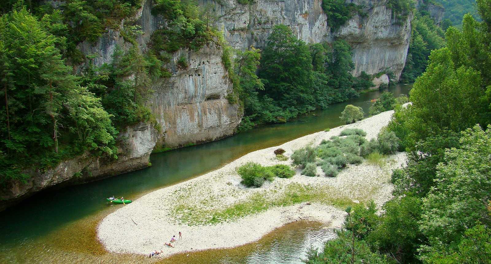 Canoës dans les Gorges du Tarn
