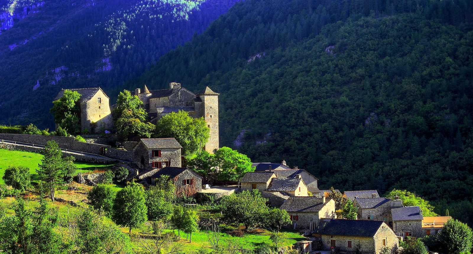 Photo village de blajoux dans les gorges du tarn 1855 diaporamas images - Leboncoin dans le tarn ...