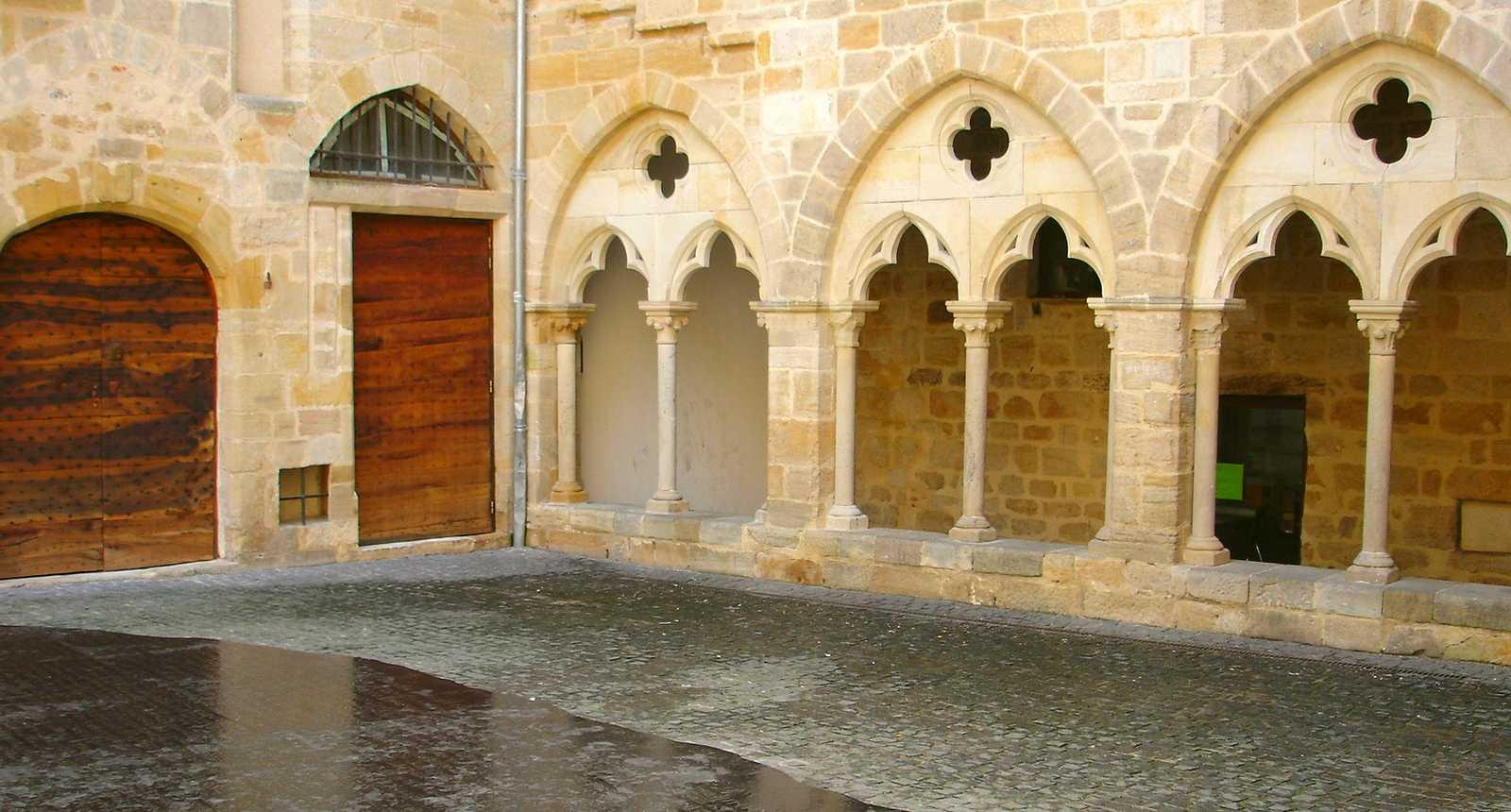 La Place des Ecritures à Figeac