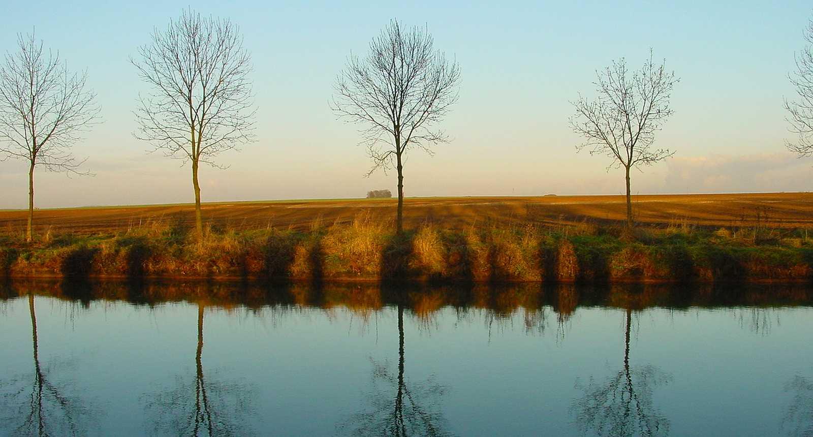 Le Canal de Saint-Quentin à Cambrai