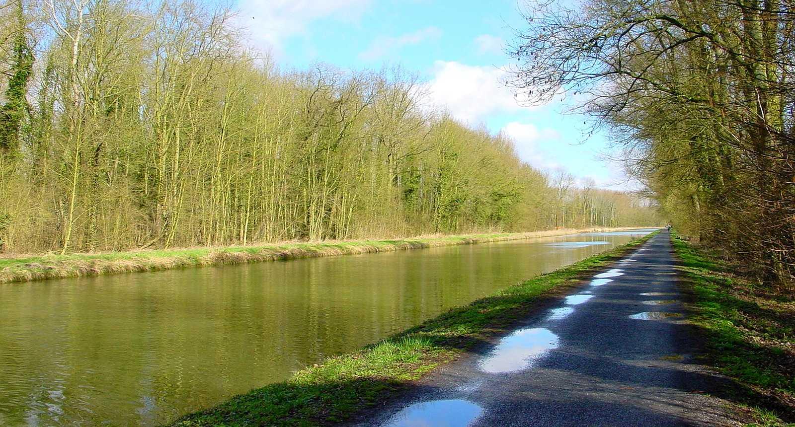Le Canal de Saint-Quentin à Cambrai (1)