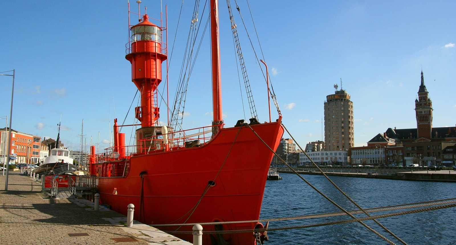 Le Sandettie, le bateau-phare dans le Port de Dunkerque