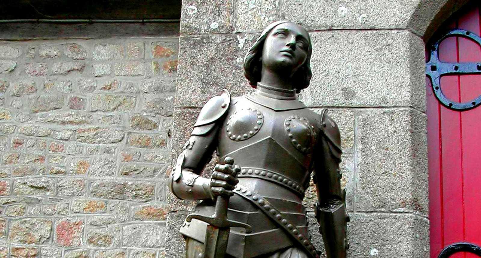 La statue de Jeanne d'Arc au Mont-Saint-Michel