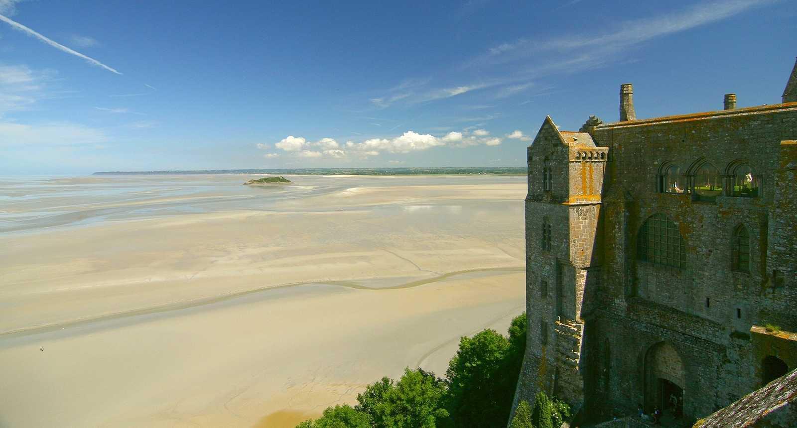 Vue sur la baie depuis le Mont-Saint-Michel