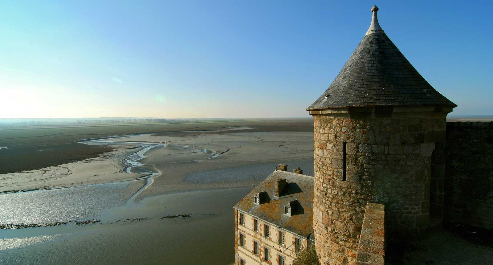 Tour des remparts du Mont-Saint-Michel