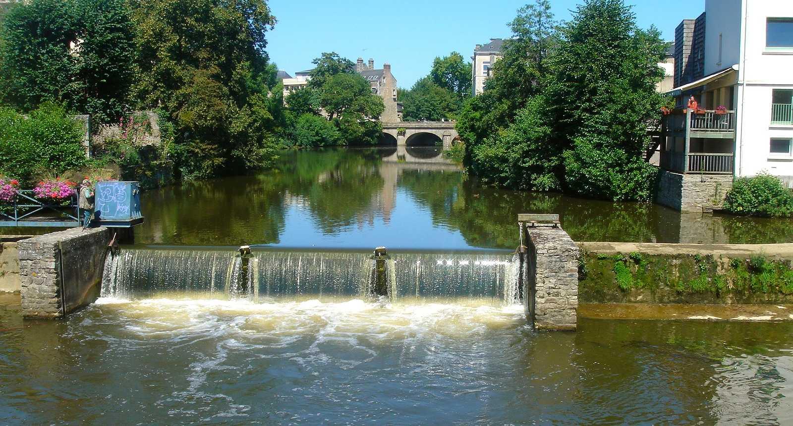 Le pont sur la Sarthe à Alençon