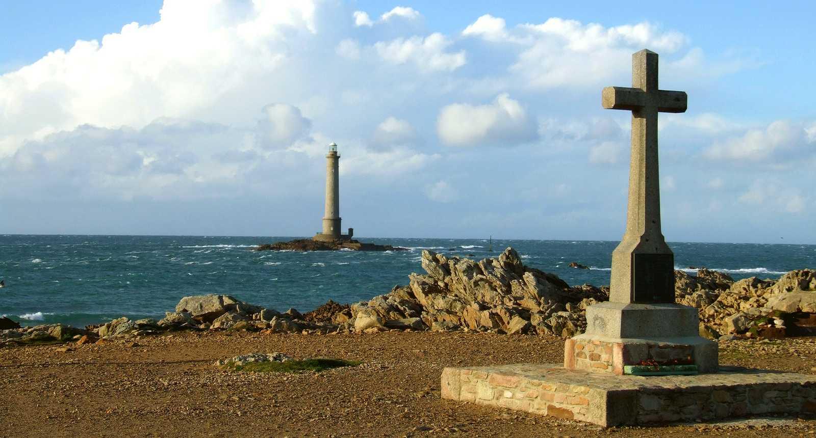 La Croix et le Phare de Goury