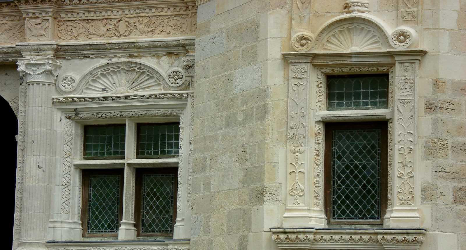 Fenêtres du Château de Gournay-en-Bray