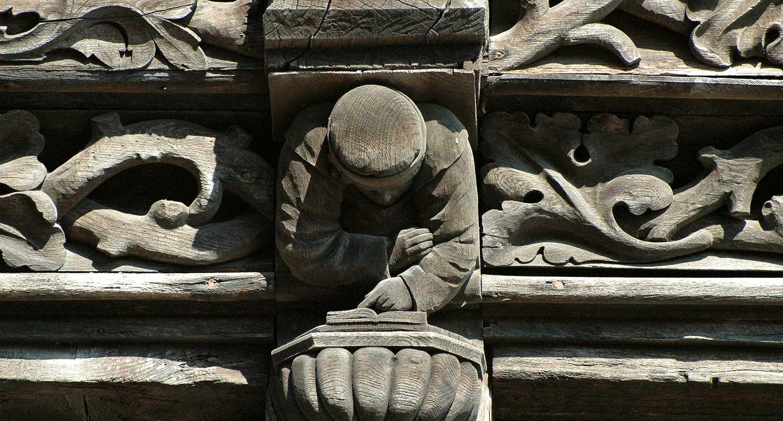 Détail d'une facade à Étretat (1)